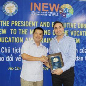 Trung cấp Việt Giao gia nhập INEW - hiệp hội các trường dạy nghề trên toàn thế giới