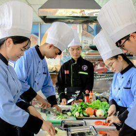 Những cơ hội ngành đào tạo đầu bếp đem lại
