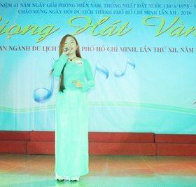 Sinh viên Việt Giao tham gia Liên hoan Giọng hát Vàng