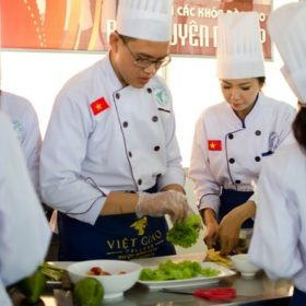Học nghề nấu ăn ở tphcm