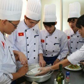Trường Trung cấp nghề Việt Giao: Nơi hun đúc đam mê
