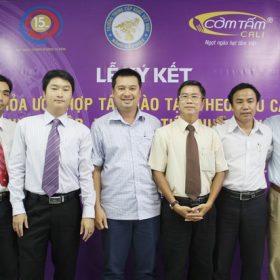 Lễ ký kết hợp tác - liên kết tuyển dụng giữa trường Trung cấp Việt Giao và hệ thống Nhà hàng Cơm tấm...