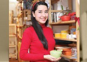 Cô gái xinh đẹp bỏ việc nghìn đô theo đuổi đam mê nấu ăn