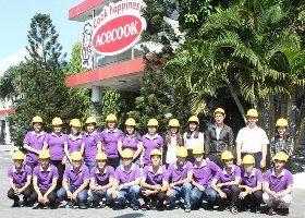 Sinh viên lớp Quản trị Bếp - Ẩm thực K04 tham quan nhà máy Acecook