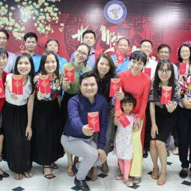 Tập thể sư phạm trường Việt Giao đạt nhiều thành tích trong năm 2017