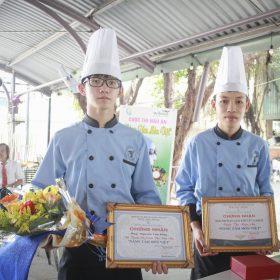 Thách thức bản lĩnh đầu bếp tại Nâng tầm món việt - Sinh viên Việt Giao giật giải