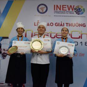Huỳnh Văn Tuấn đoạt giải quán quân Việt Giao Master Chef 2018