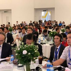 Lãnh đạo trường Trung cấp Việt Giao tham dự Diễn đàn kinh tế TP.HCM năm 2018