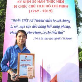 """Sinh viên Việt Giao được tuyên dương """"Thanh niên tiêu biểu làm theo lời Bác"""""""