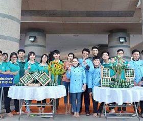 Trung cấp Việt Giao giành hai giải tư Cuộc thi gói - nấu bánh chưng