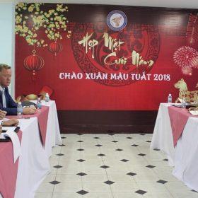 Đoàn Lãnh sự quán Úc tới thăm và làm việc tại trường Việt Giao