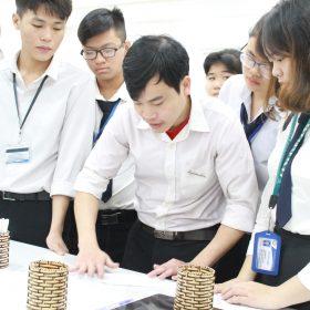 Trung cấp Việt Giao tuyển sinh đảm bảo việc làm các ngành 'khát' nhân lực
