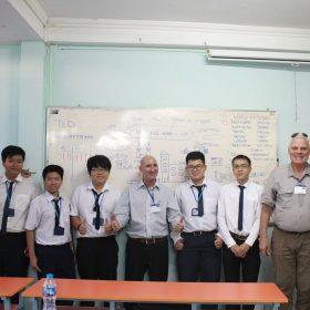 Học sinh Việt Giao học chương trình Tesol với giáo viên nước ngoài