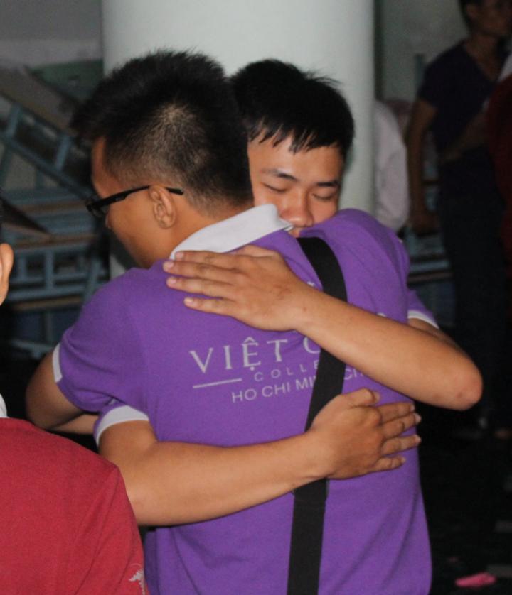 Kiến tập Việt Giao đong đầy tình bạn
