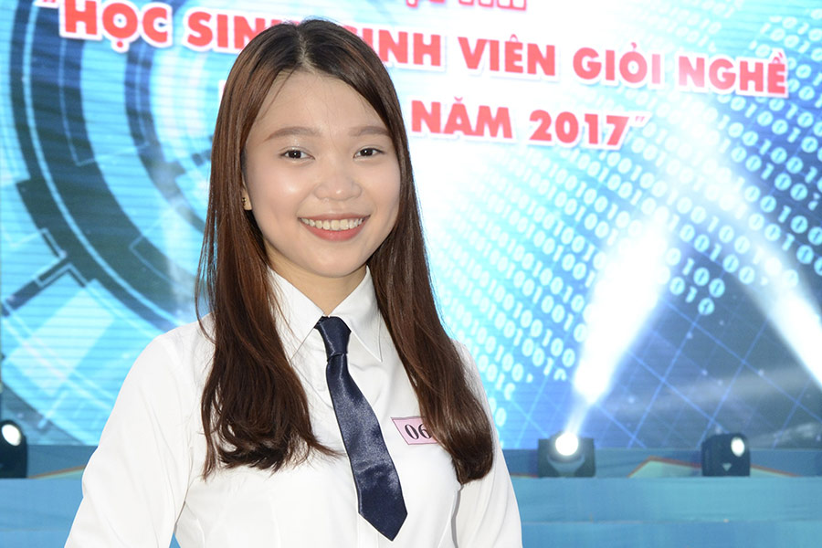 Trần Thanh Ngọc – giải Nhất thành phố ngành Nghiệp vụ Nhà hàng