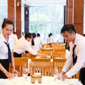 Ngôi trường thu hút đông học sinh theo học nghề bếp, du lịch, khách sạn