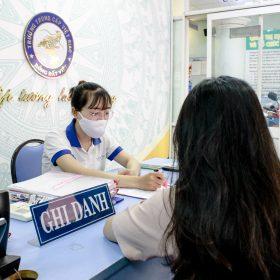 TP HCM hoãn thi lớp 10: nhiều phụ huynh không muốn chờ lâu liên hệ trường Trung cấp Việt Giao nộp hồ...